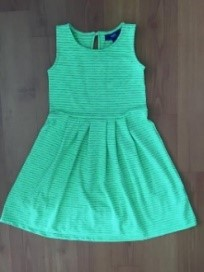 Girl's dress (green)