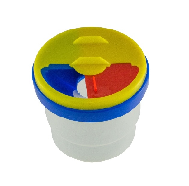 Brush washer-non spill cup