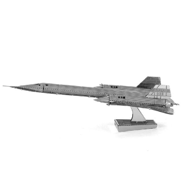 จิ๊กซอว์โลหะ 3 มิติ : sr-71 blackbird