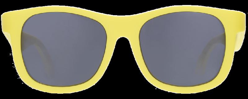 แว่นกันแดด navigator สีเหลือง 3-5 ปี