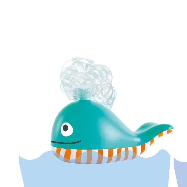 Bubble blowing whale