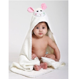 Baby Hooded Towels - Lola the lamp