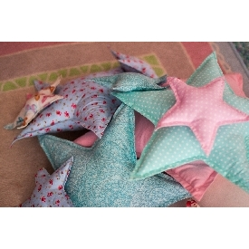 Small star pillow