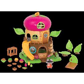 Bobblehead acorn house