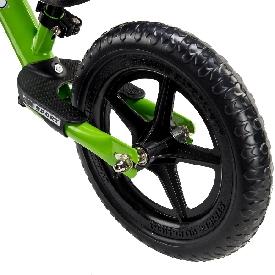 จักรยานสไตรเดอร์สีเขียว