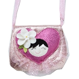 กระเป๋าสะพายลายหัวใจ สีชมพู