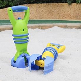 Grabber sand toys
