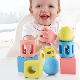 Geometric rattle trio