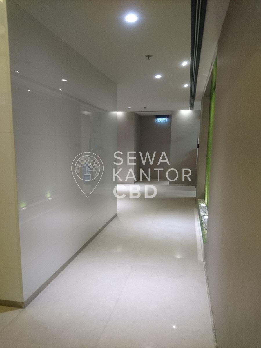 Sewa Kantor Gedung KMO Building Jakarta Selatan Kebayoran Baru  Jakarta Interior 4