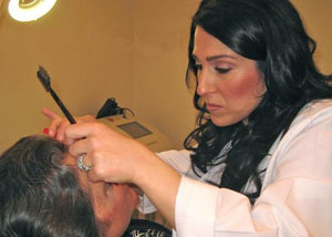 Eyebrow Shaping Services Delaware at demė