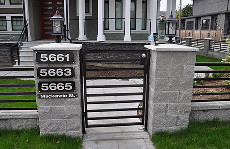 Aluminum Gates Canada by Modern Time Aluminium (2009) Ltd.