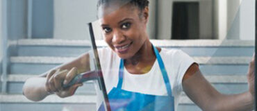 Lady Cleaning Window - Jacksonville Window Cleaning Services by Benin cleaning services, LLC