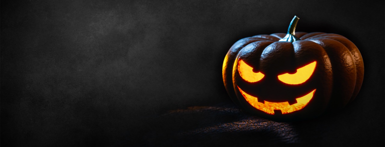 Go trick-or-treating with Deliveroo! Collect spooky treats and catch a scary movie