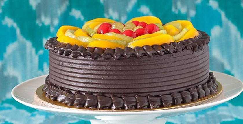Monica's Puddings & Pies