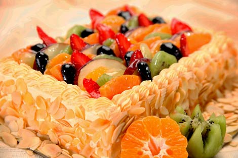 Fresh Fruit Cake (Available in Eggless)