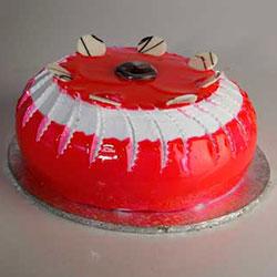 Strawberry Crush Cake