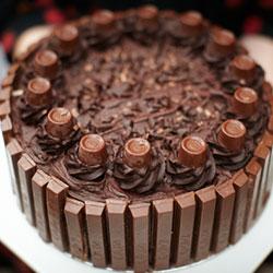 Kitkat Cake (On Order)
