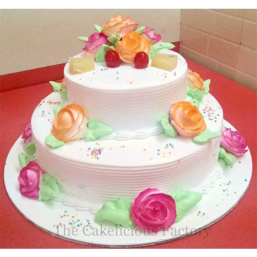 Pineapple 2 Tier Cake