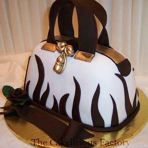 Purse Cake 1