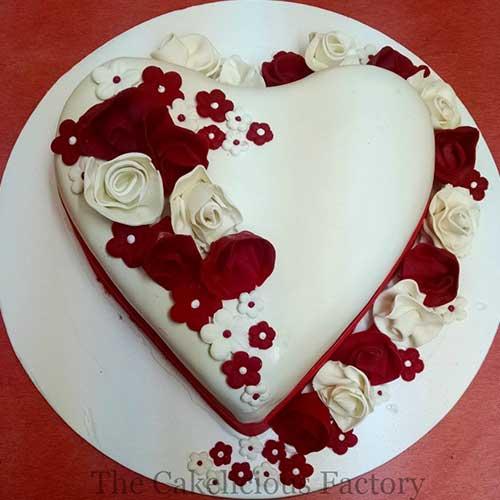 Valentines Theme Fondant Cake Twenty Four