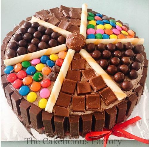 Grande Chocolate Desire Cake