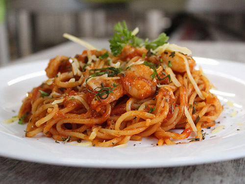 Spaghetti in red sauce with Prawns