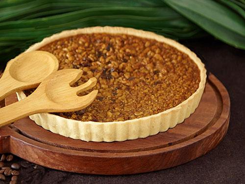 Walnut Date Pie