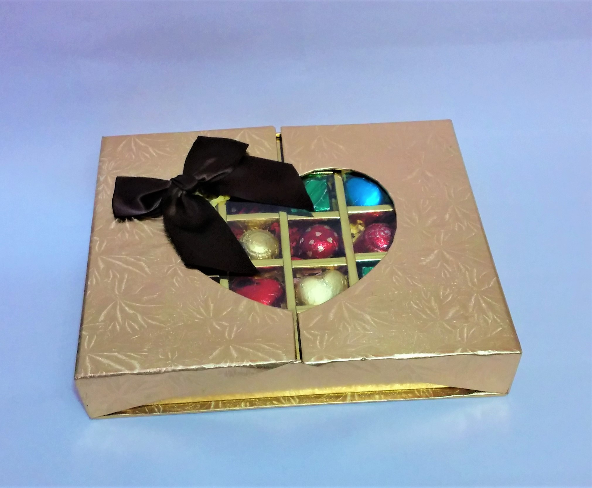 Gift Box of 30 Assorted Chocolates (Golden)