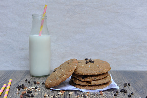 Chocolate Chunk & Peanut Cookie