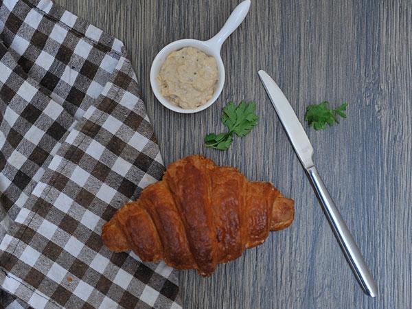 Cream & Onion Croissant
