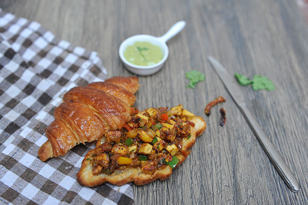 Paneer Tikka Masala Croissant