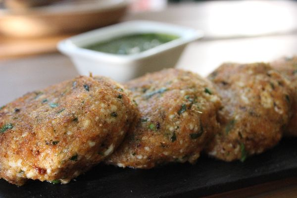 Paneer Cutlets (2 Pieces)