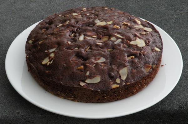 Choco Rich Nuts Dry Cake
