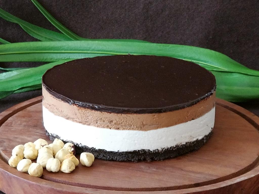 Triple Decker Choco Hazelnut Cheesecake ( one day prior notice)