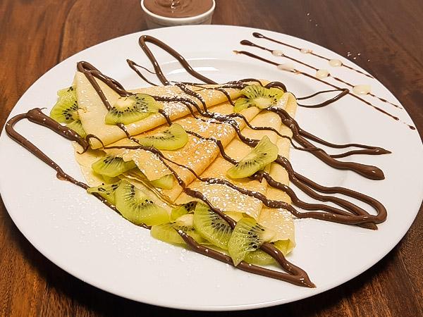 Nutella Kiwi Crepe