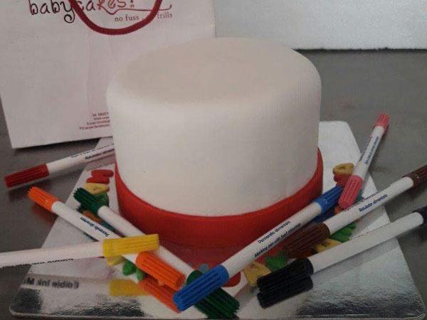 """""""Pen A Message"""" Cake [2 Kg]"""