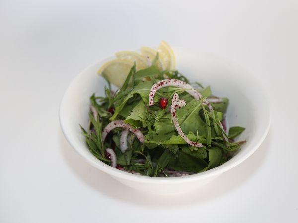 Rocca Zaatar & Pomegranate Salad