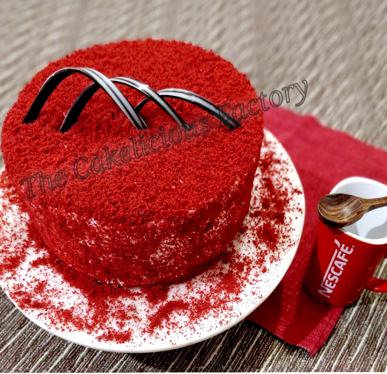 Red-Velvet Cheese Cream Icing