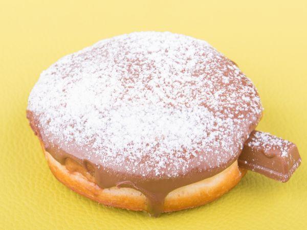 Crunchy Kit Kat Donut