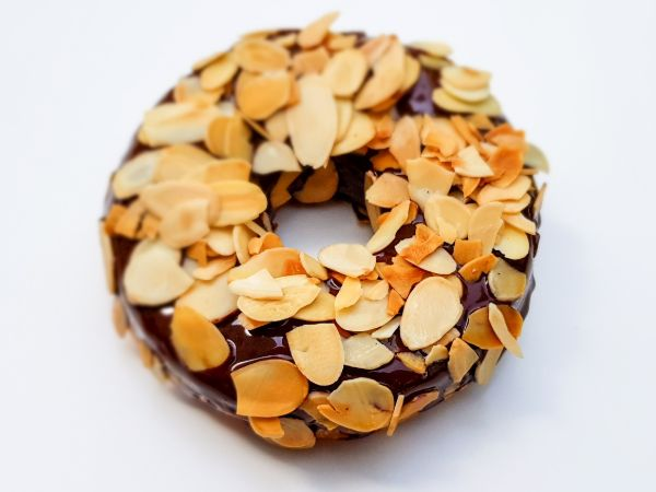Vegan Donutty Almond Donut