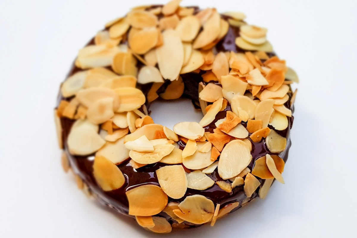 Donutty Almond Donut