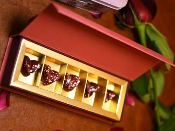 Gift Box of 5 assorted Chocolates