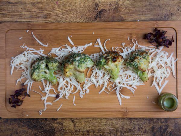 Mmmalai Broccoli [4 Pcs] [V]