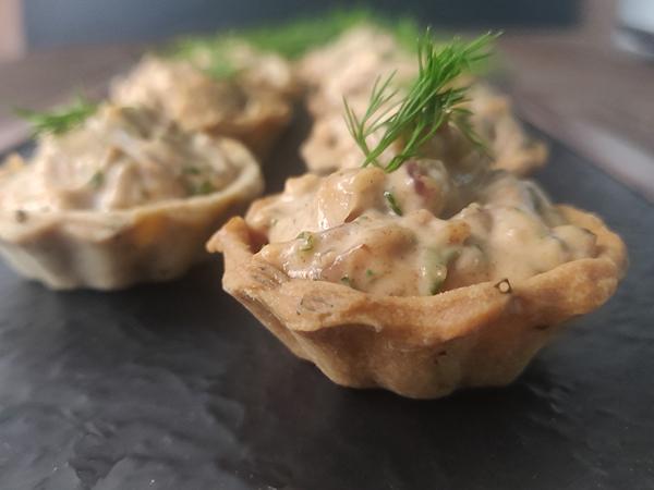 Creamy Herbed Chicken Tarts ( 12 pcs)