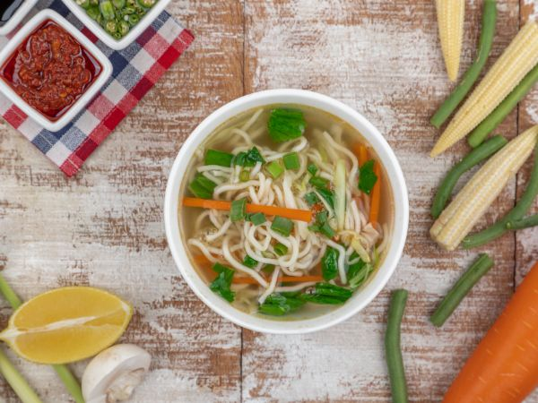 Vegetable Noodle Clear Soup
