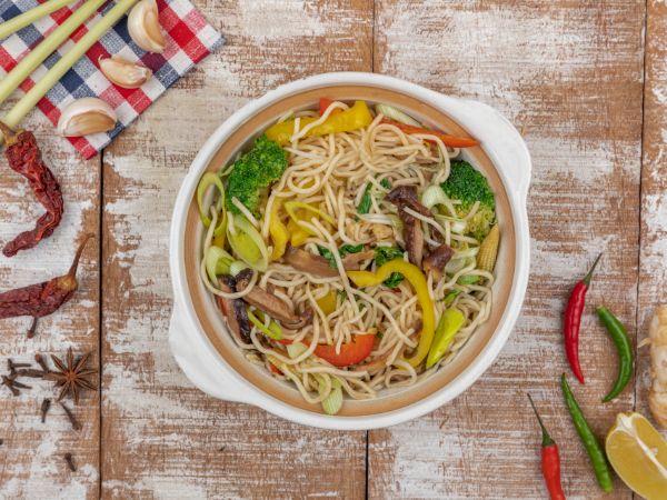 Vegetable Clay Pot Noodle