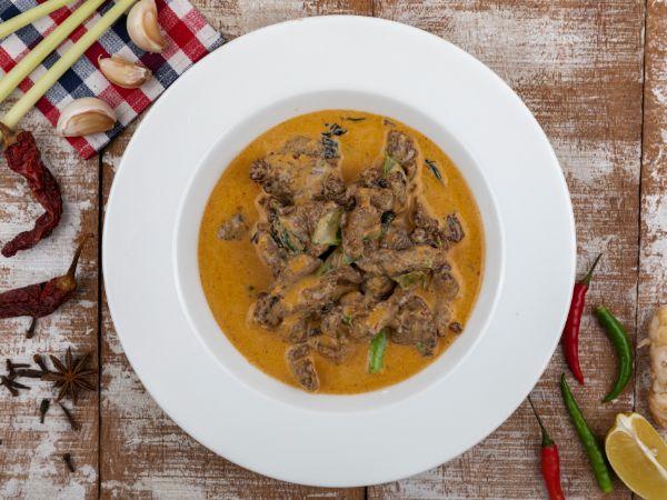 Tenderloin Thai Curry - Red