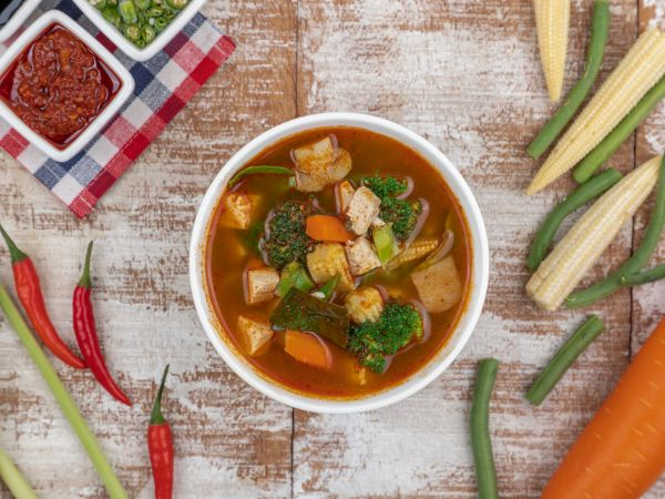 Chicken Tom Yum Soup