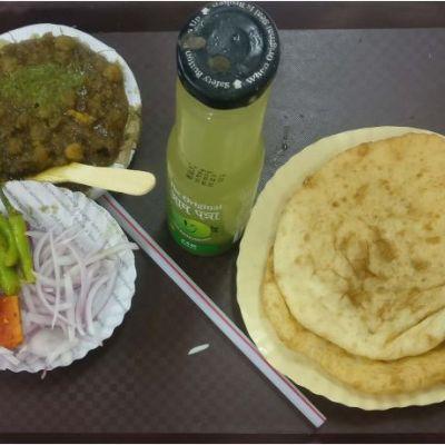 Chole Bhature with Shikanji