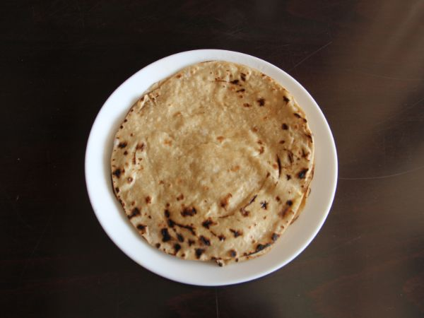 Gujarati Phulka Roti